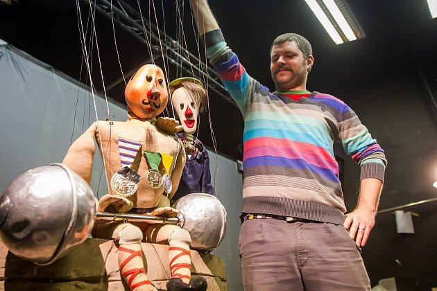 Plzeňské Divadlo Alfa odehraje v Jokohamě inscenaci Cirkus Trnka