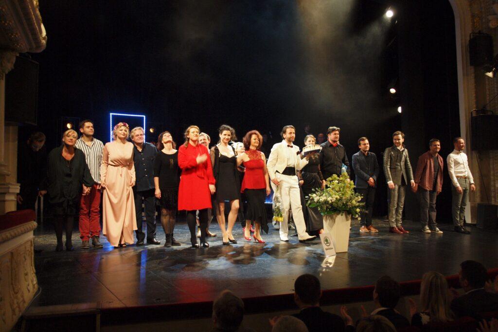VMěstském divadle Mladá Boleslav byli vyhlášeni vítězové o nejoblíbenější herečku, herce a inscenaci minulé sezóny