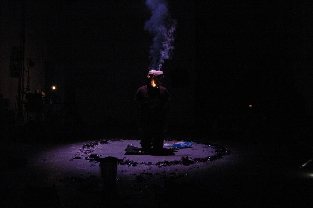 Obnovená premiéra představení Rain Dance divadení skupiny HANDA GOTE Research & Development