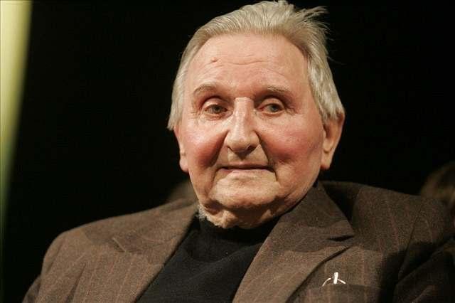 Ve věku 89 let zemřel v úterý herec Vlastimil Bedrna