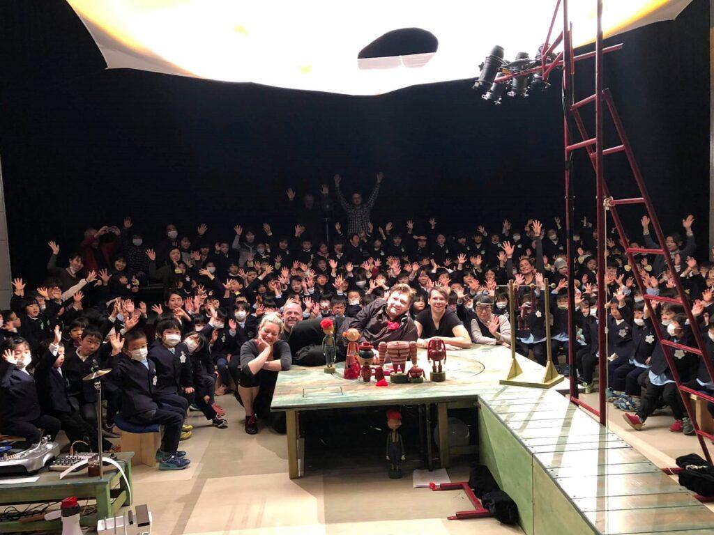 Naivní divadlo se představilo v Japonsku