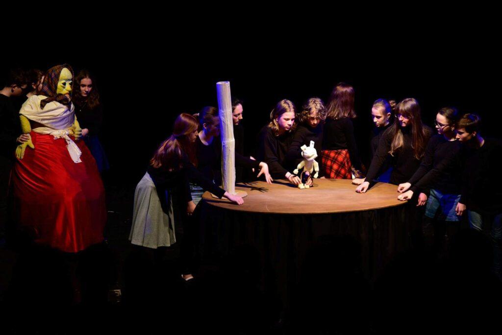 Dětské studio Divadla loutek jede do Svitav na celostátní přehlídku