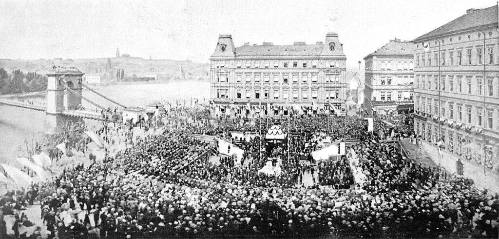 Národní divadlo oslavilo 150 let od položení základního kamene