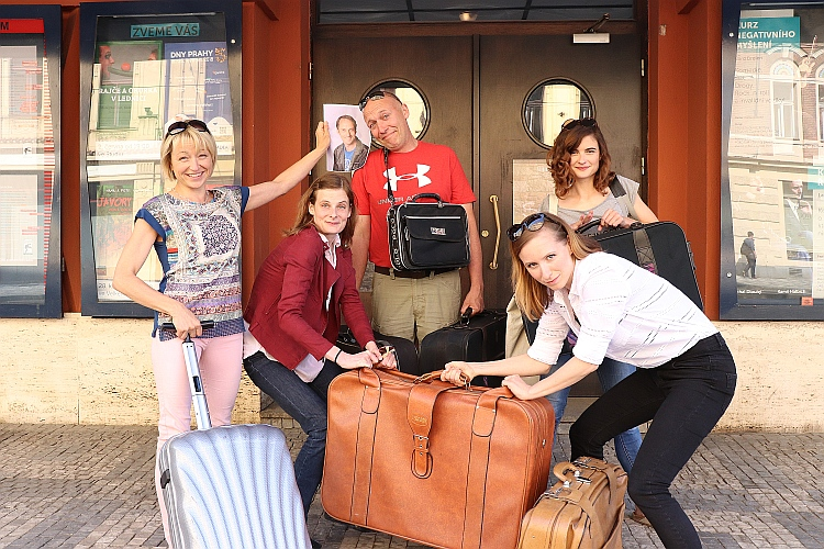 Ve Švandově divadle už balí kufry. Hrát budou ve Spojených státech.