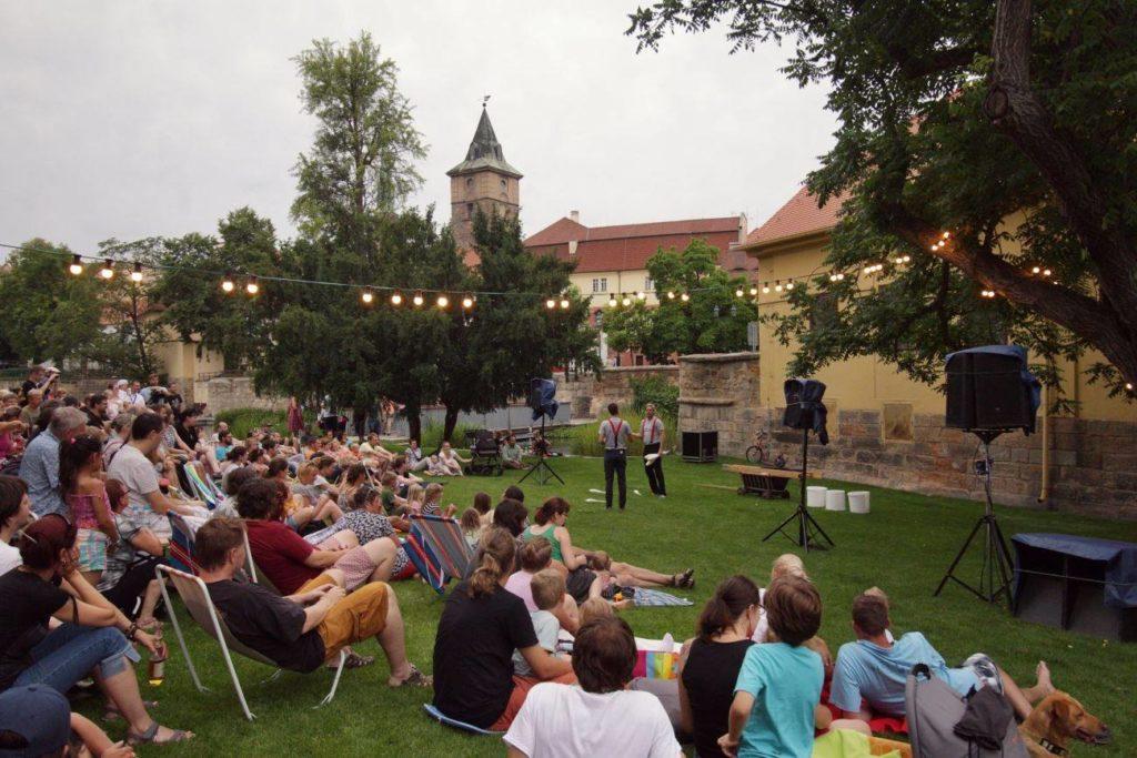 V Plzni začne divadelní část letního festivalu Živá ulice
