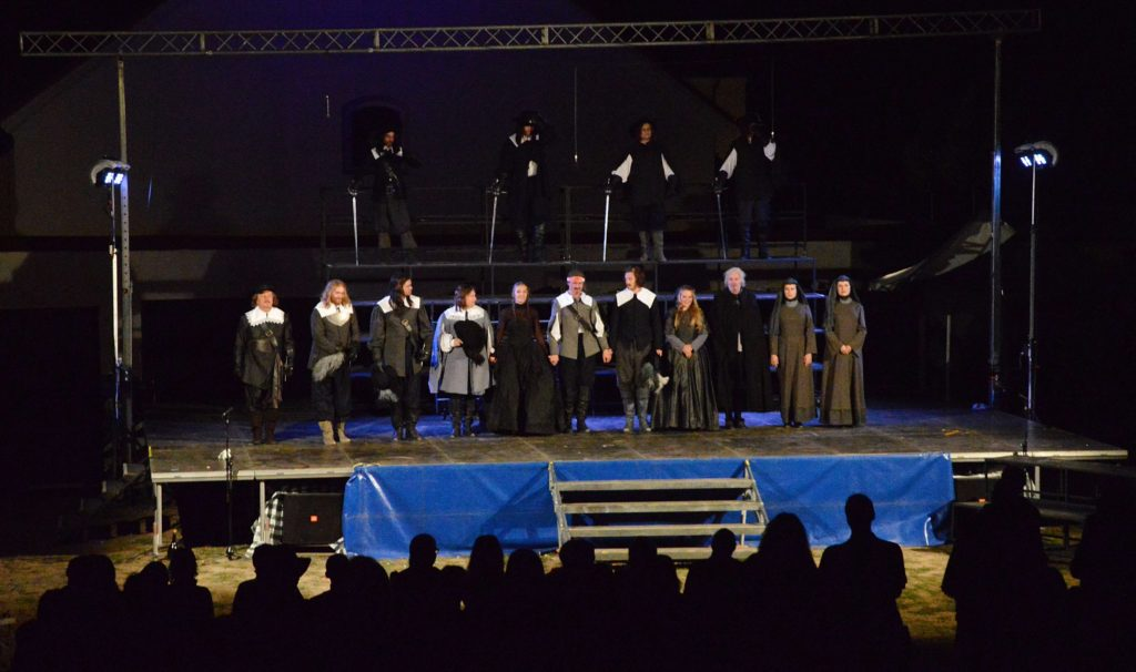 Druhý ročník Moravského divadelního léta si vysloužil ovace publika i přízeň počasí