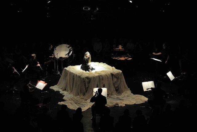 Festival Ostrava v Praze uvede 2. listopadu vDivadle Komedie tři inscenace