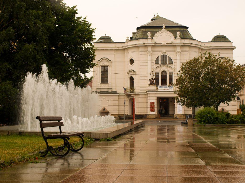 Ústecký kraj letos rozdělí mezi stálé divadelní soubory a Severočeskou filharmonii Teplice deset milionů korun