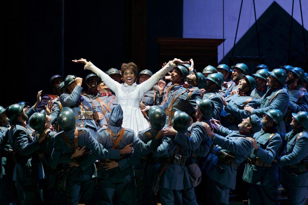 Nové nastudování Dcery pluku v Metropolitní opeře