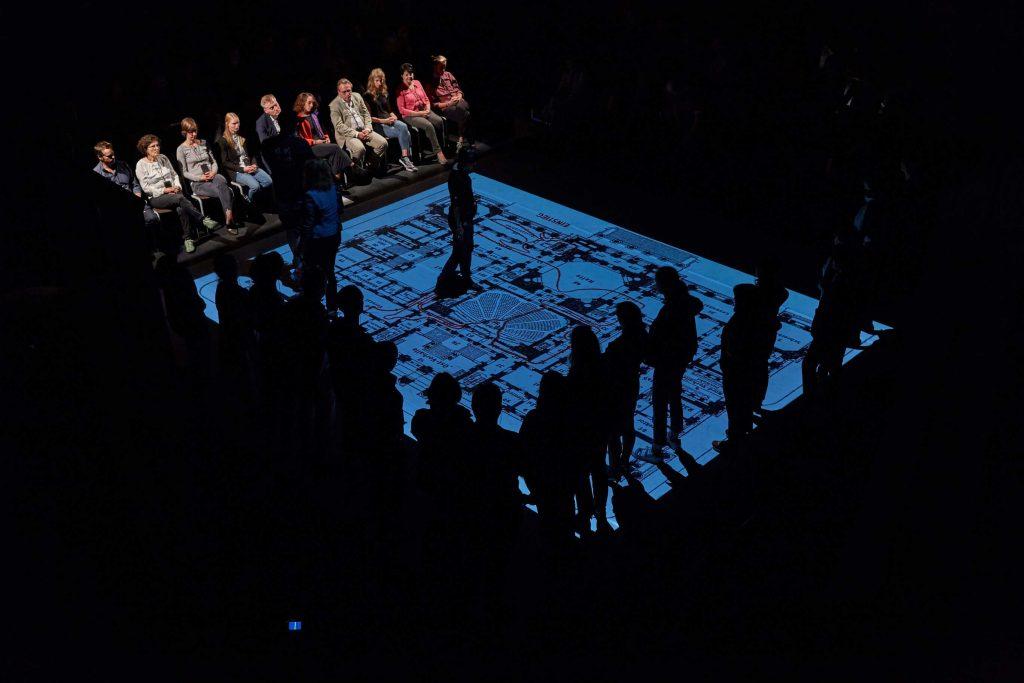 Opojení a zlost: Multimediální představení odkryje potlačenou touhu po fašismu