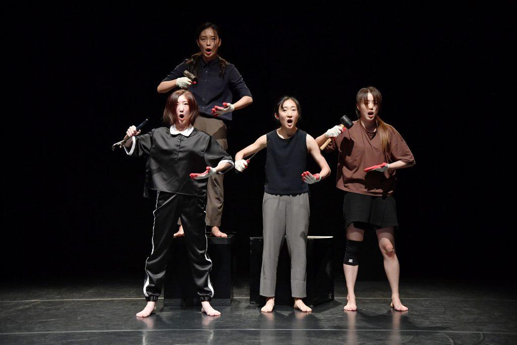 Letošní Divadelní Flora přiveze do Olomouce hvězdy  českého i německého divadla a špičkové korejské tanečníky