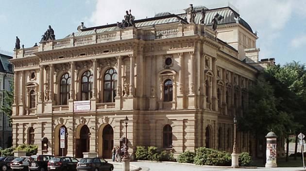 Liberci se na druhý pokus podařilo sehnat firmu na opravu Divadla F. X. Šaldy