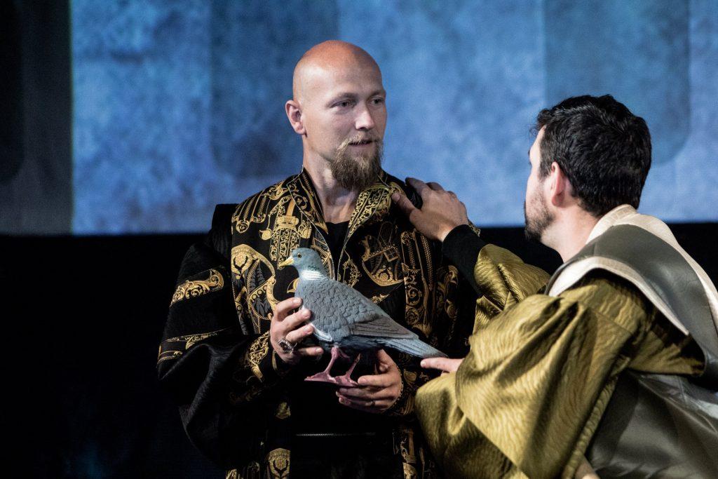 Poslední premiérou letošní sezóny bude v Moravském divadle Olomouc Kupec benátský