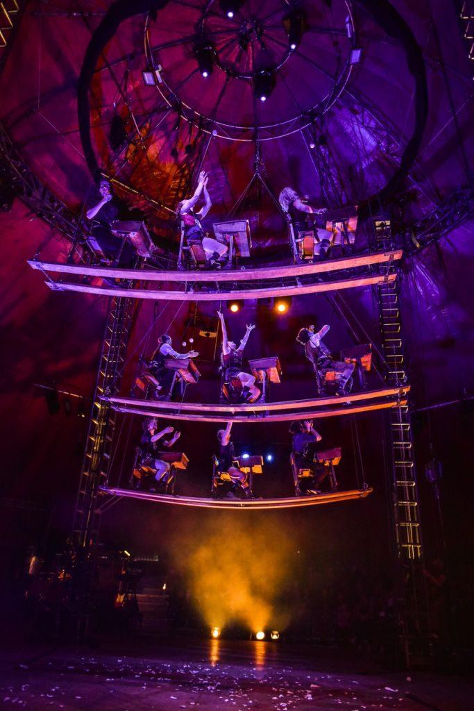 NoFit State Circus se po pěti letech vrací do Prahy s Lexiconem nového cirkusu