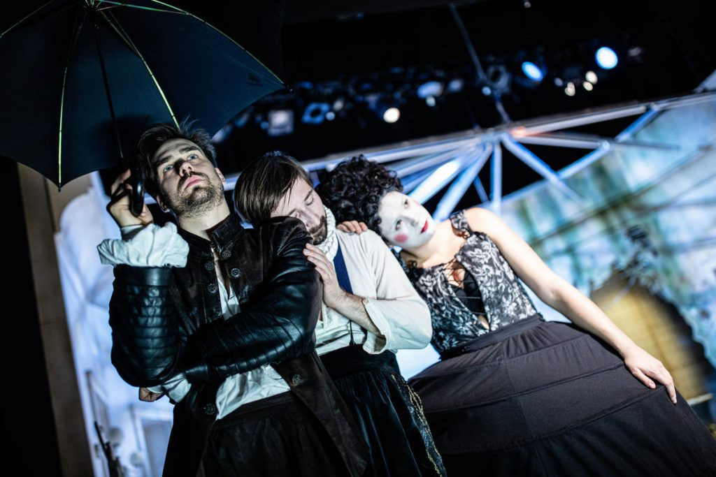 Divadlov Dlouhé slaví 90. výročí svého vzniku