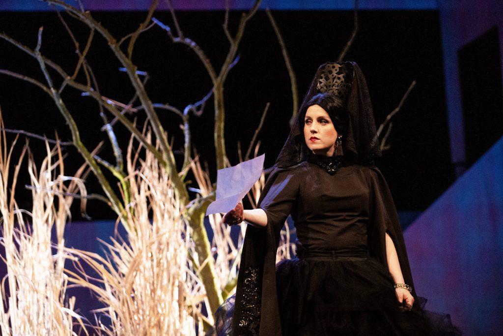 Na jeviště Moravského divadla přichází Bernarda Alba a její dcery toužící po svobodě