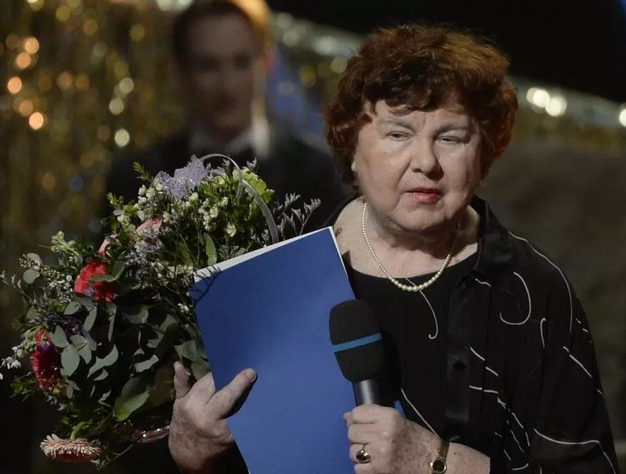 Zemřela Zdenka Kareninová
