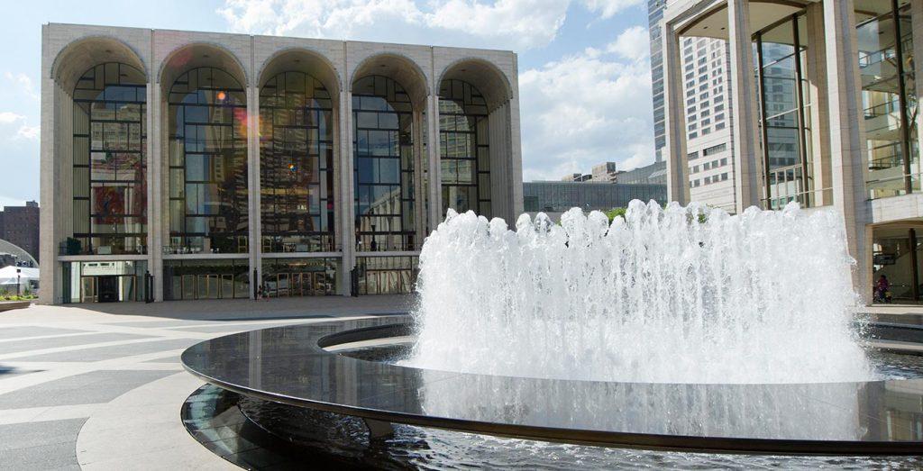 Opera Plus: Online přenosy v období koronaviru nabídne i newyorská Metropolitní opera