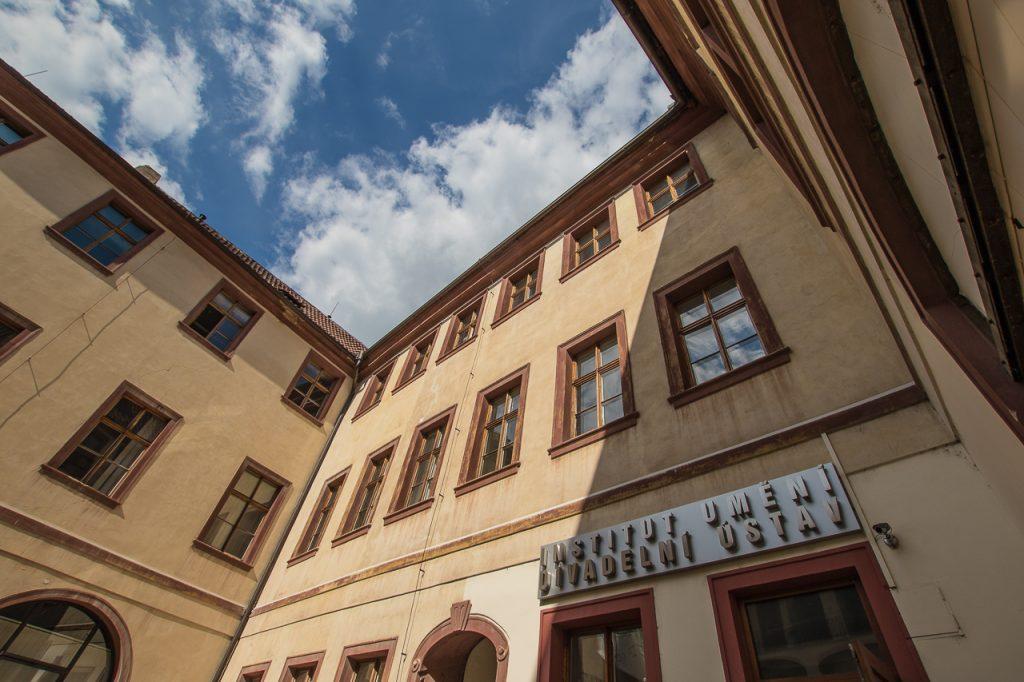 Uzavření budovy IDU veřejnosti – Opatření v souvislosti s COVID-19