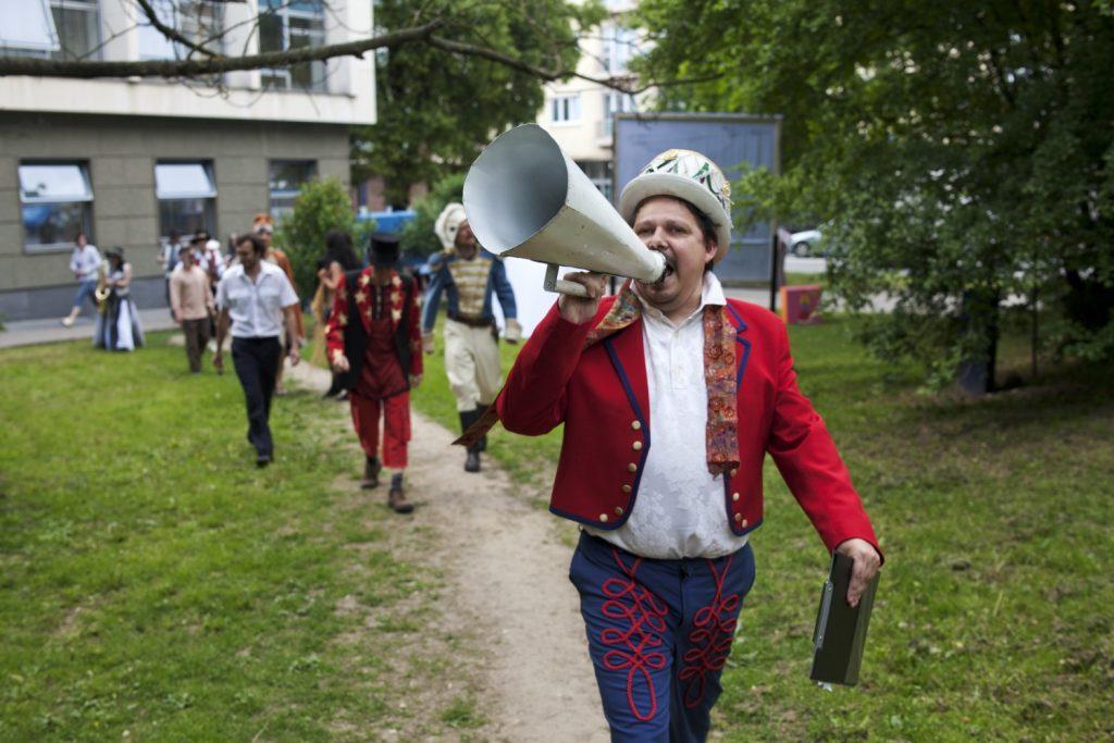 Městské divadlo Zlín uvede po koronavirové pauze sérií představení a koncertů pod širým nebem