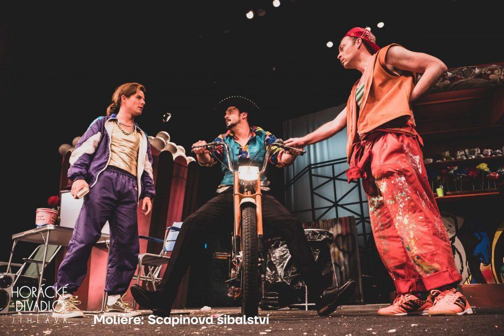 Horácké divadlo stačilo v nové sezoně odehrát jen třicet představení