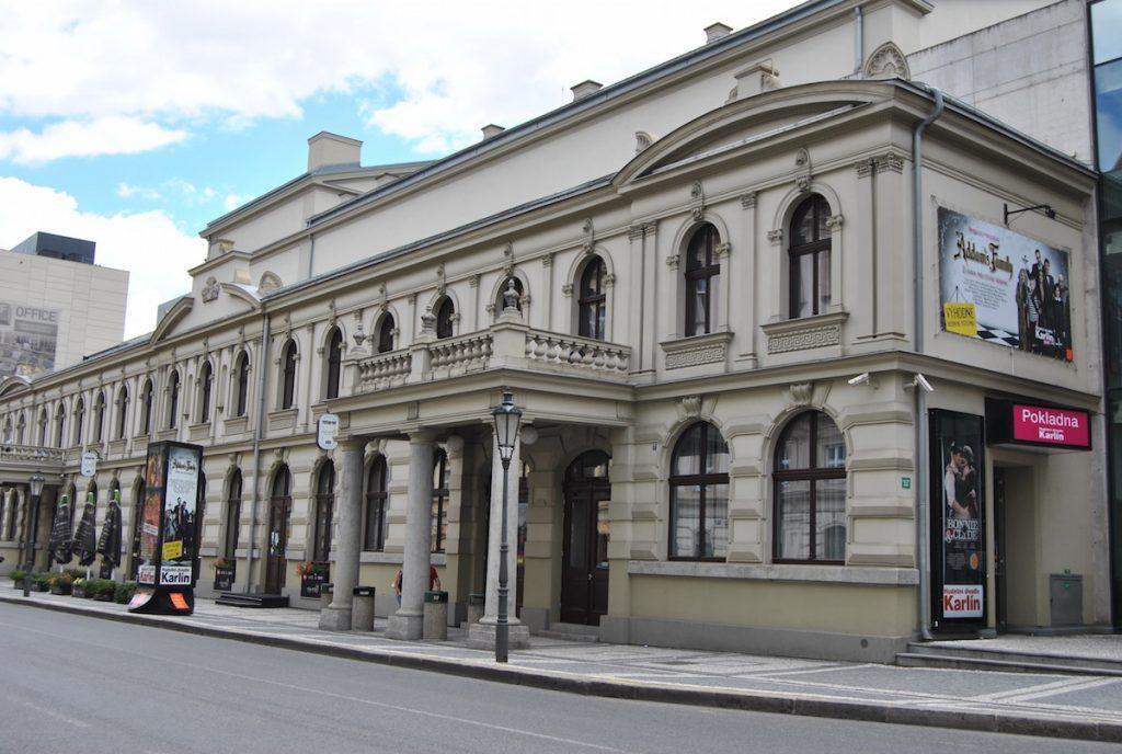 Hudební divadlo Karlín ruší do března představení