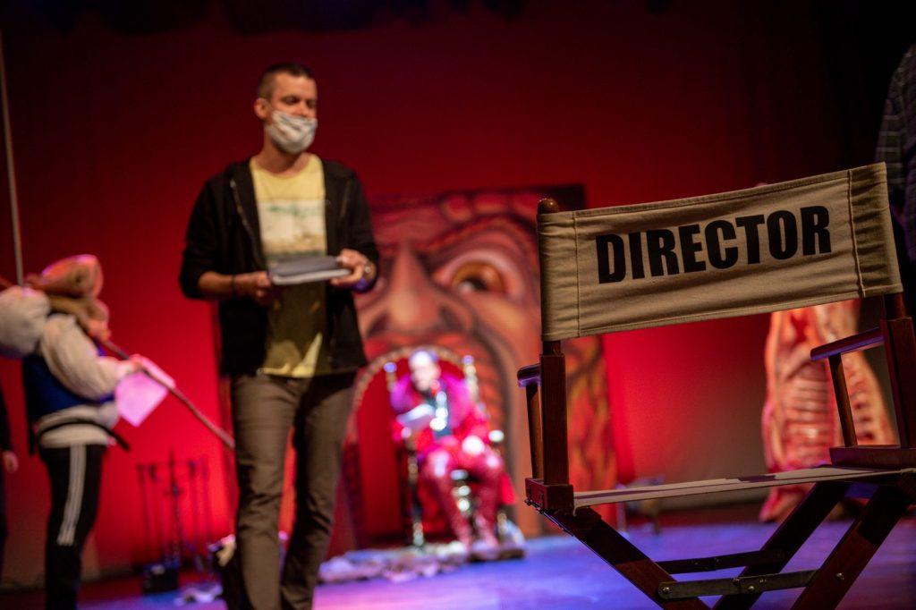 Herci Východočeského divadla Pardubice natočili Praštěné pohádky