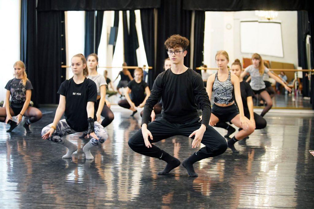 Stipendijní Akademie MenART otevírá přihlášky pro mladé talenty a jejich učitele