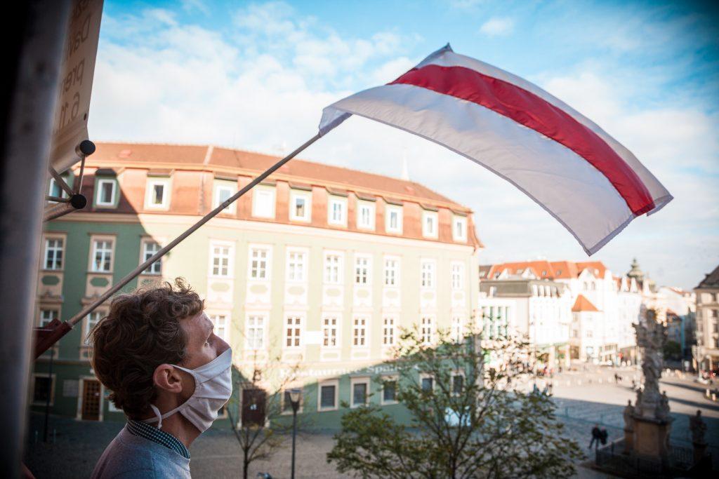 Do České republiky přijede šest běloruských umělců
