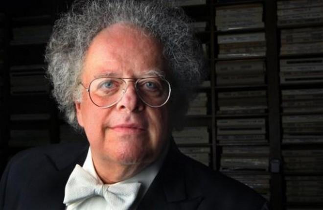 Zemřel dirigent James Levine