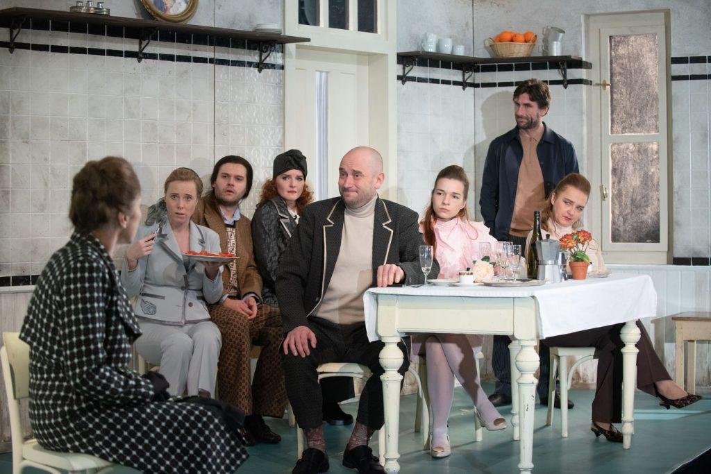 Divadlo J. K. Tyla přidává představení do projektu První řada u Vás doma
