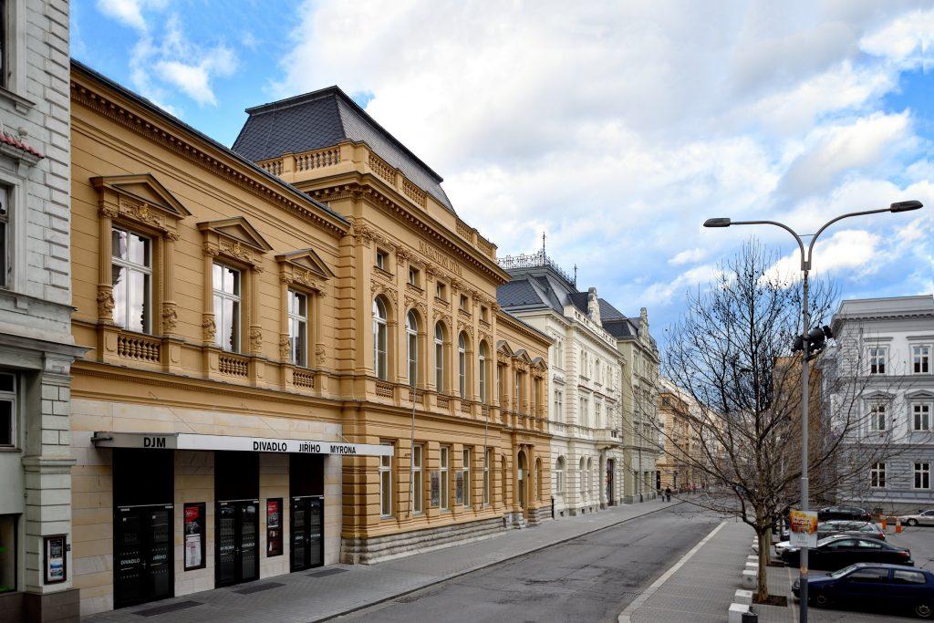 35 let od znovuotevření Divadla Jiřího Myrona po požáru