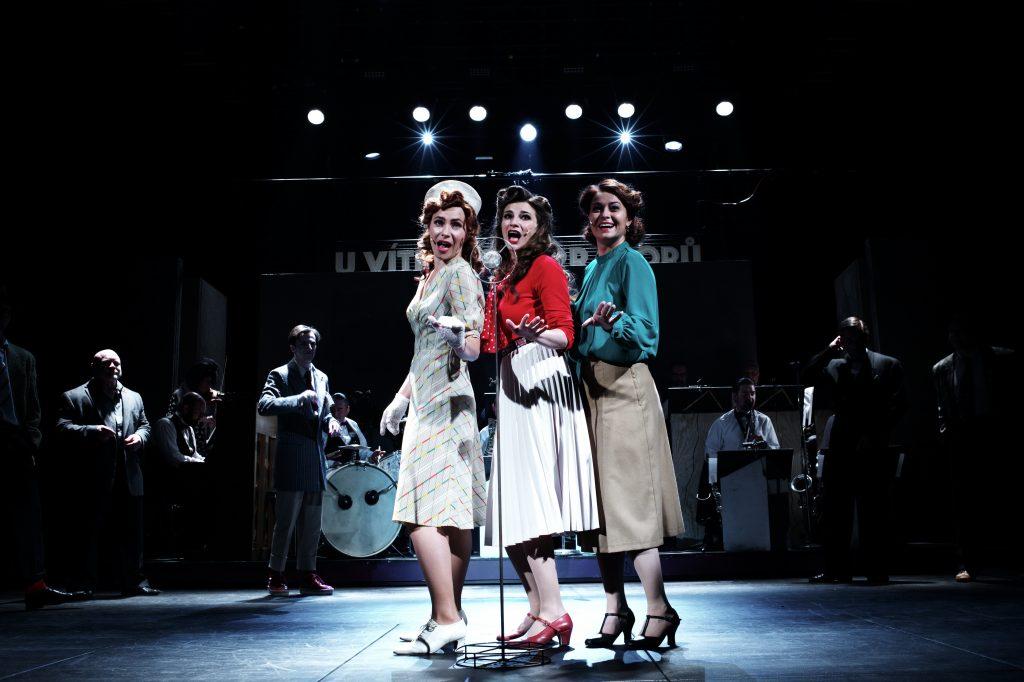 Jak přivítají Městská divadla pražská otevření divadel? Premiérami naživo i online