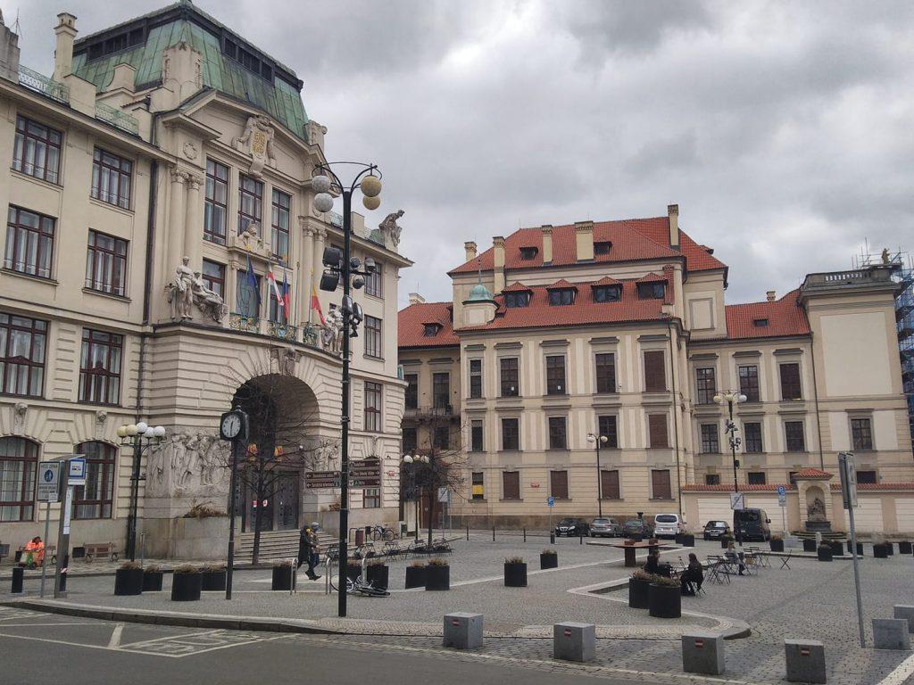Letní kulturní sezóna na Mariánském náměstí v Praze začíná