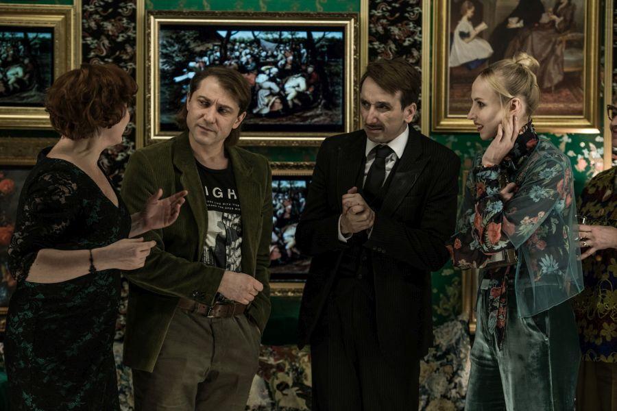 Divadlo Na zábradlí uvede oceňované inscenace Korespondence V+W a Mýcení v senátní Valdštejnské zahradě