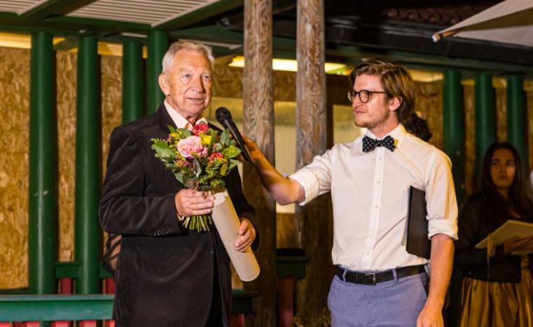 Cenu Ministerstva kultury 2021 za neprofesionální divadlo dostal Ivan Němec
